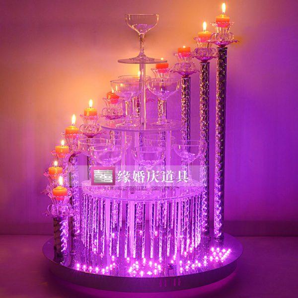 tháp ly tiệc cưới